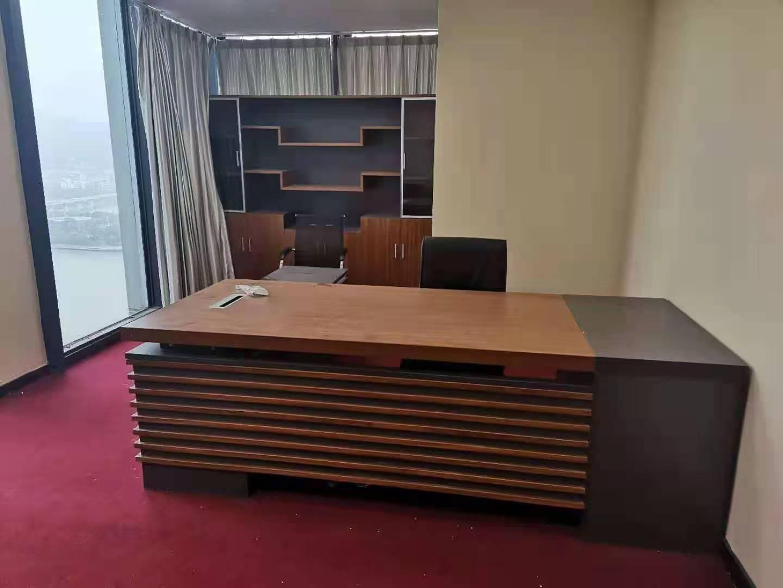北京办公家具回收,办公隔断、老板桌椅回收,红木家具回收